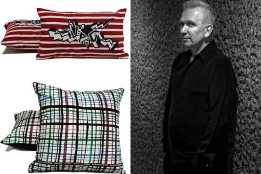 jean paul gaultier x roche bobois des coussins au look. Black Bedroom Furniture Sets. Home Design Ideas
