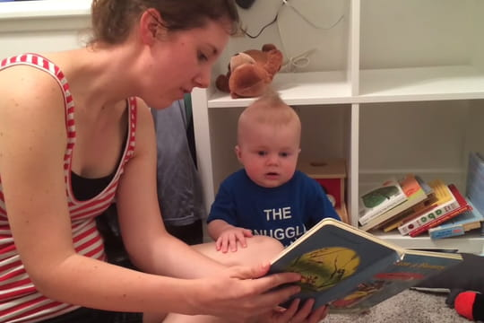 Les bébés aiment les livres... La preuve en vidéo