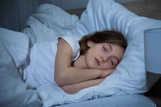 A quelle heure faut il coucher les enfants journal des femmes - A quelle heure coucher enfant 3 ans ...
