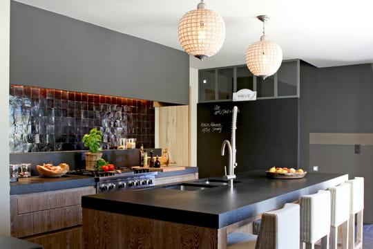 Plan de travail de cuisine 35 mod les sur mesure - Modele de cuisine ouverte sur salle a manger ...