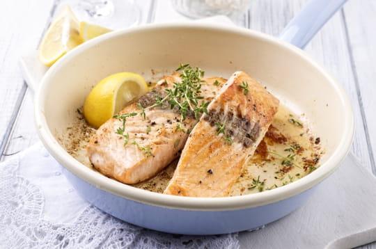 Quelle sauce servir avec un pav de saumon journal des - Cuisiner un pave de saumon ...