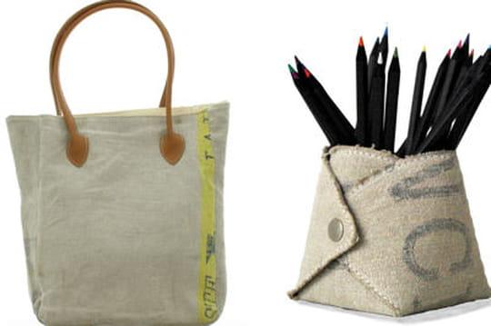 la petite fabrique postale et ses objets recycl s journal des femmes. Black Bedroom Furniture Sets. Home Design Ideas