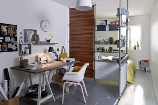 un bureau m me dans un petit espace journal des femmes. Black Bedroom Furniture Sets. Home Design Ideas