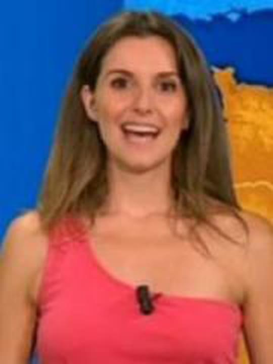 <b>Fanny Agostini</b>, la miss météo quitte BFMTV pour les Municipales : Tops et <b>...</b> - 2061240-fanny-agostini-la-miss-meteo-quitte-bfmtv-pour-les-municipales