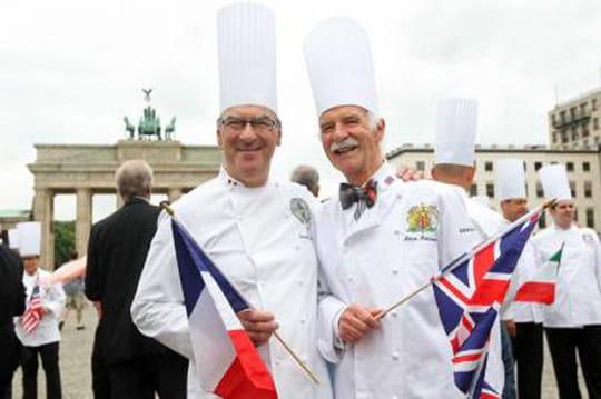 Cuisines de l 39 elys e l 39 ex chef balance sur le r gime des for Cuisinier elysee livre