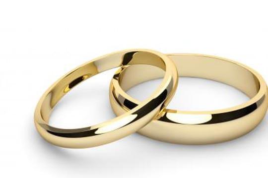 Symboles dun amour éternel, les alliances font partie de ces bijoux ...