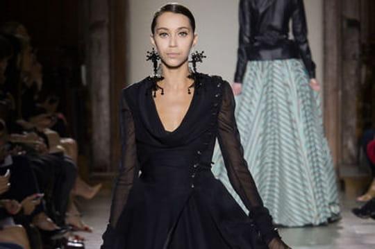 Défilé Julien Fournié haute couture : silhouettes ensorceleuses