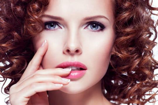 Quelle couleur de cheveux pour les yeux bleus - Couleur cheveux peau claire ...