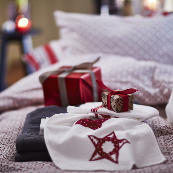 ikea la collection de no l vinter 2016 en images. Black Bedroom Furniture Sets. Home Design Ideas