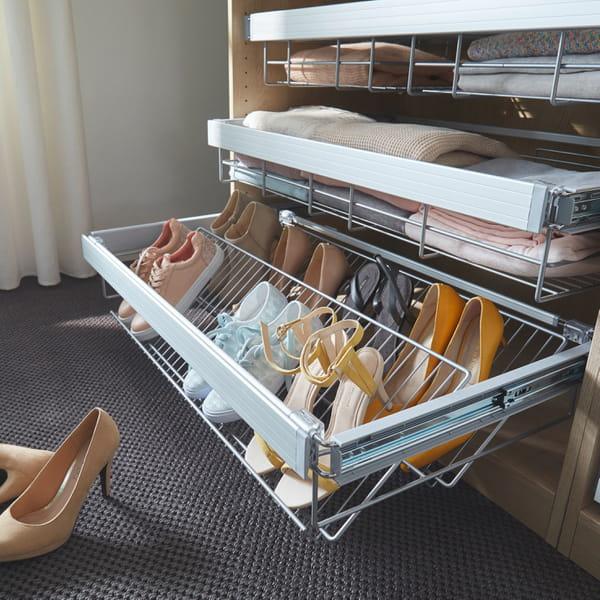 Comment organiser et optimiser un dressing - Rangement chaussures castorama ...