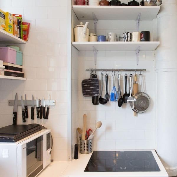 18 id es pour une petite cuisine optimis e et fonctionnelle - Rangement pour petite cuisine ...