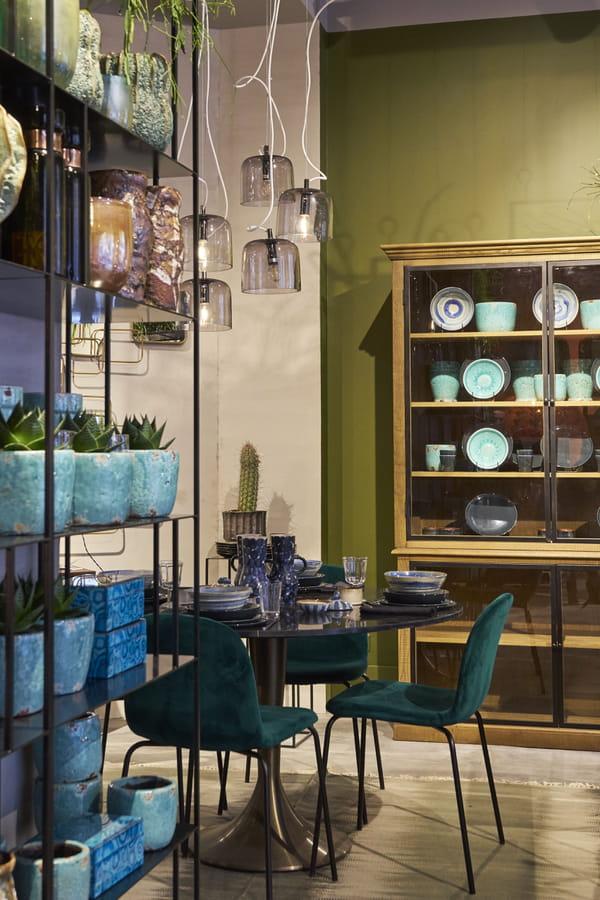 am pm ouvre une boutique loft de 350 m paris. Black Bedroom Furniture Sets. Home Design Ideas