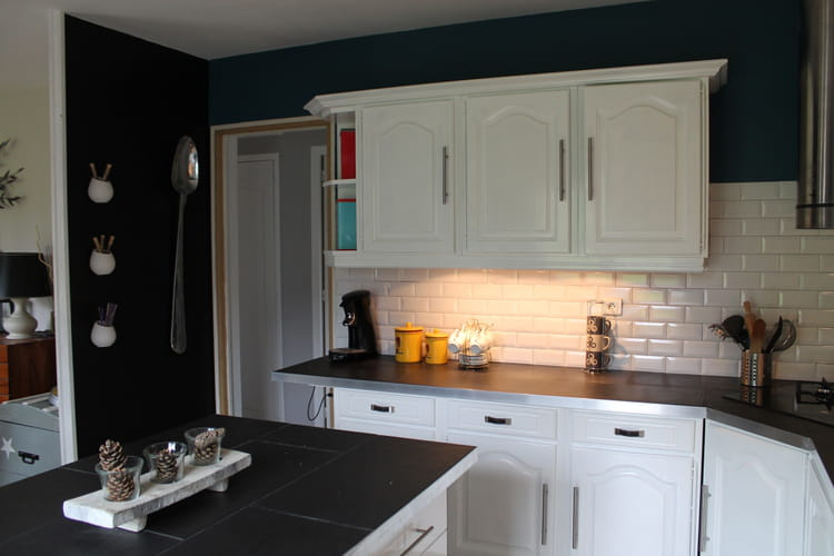 Opposer les couleurs comment relooker une cuisine - Moderniser sa cuisine ...