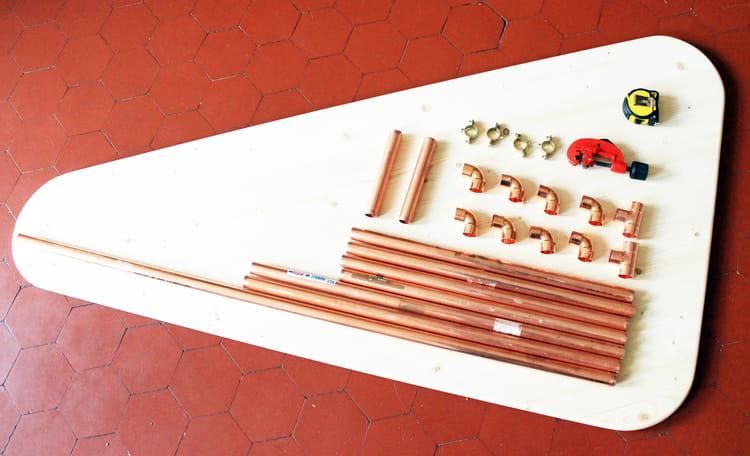 Fabriquer une table basse en bois et cuivre  Journal des Femmes -> Réaliser Une Table Basse En Bois