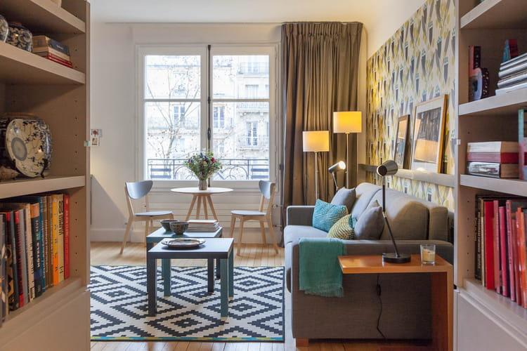 un petit bureau transform en coquet studio journal des femmes. Black Bedroom Furniture Sets. Home Design Ideas