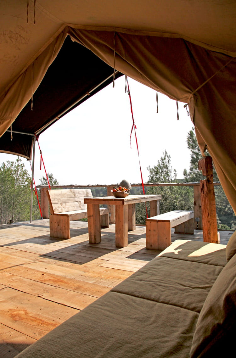 la terrasse safari terrasse en bois 30 id es copier journal des femmes. Black Bedroom Furniture Sets. Home Design Ideas