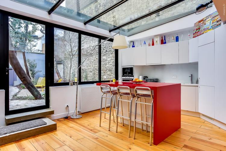 Une v randa avec verri re d 39 une v randa xs une cuisine for Veranda cuisine design