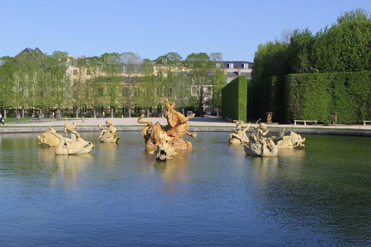 Le dragon des jardins de versailles ch teau de for Visite jardin versailles
