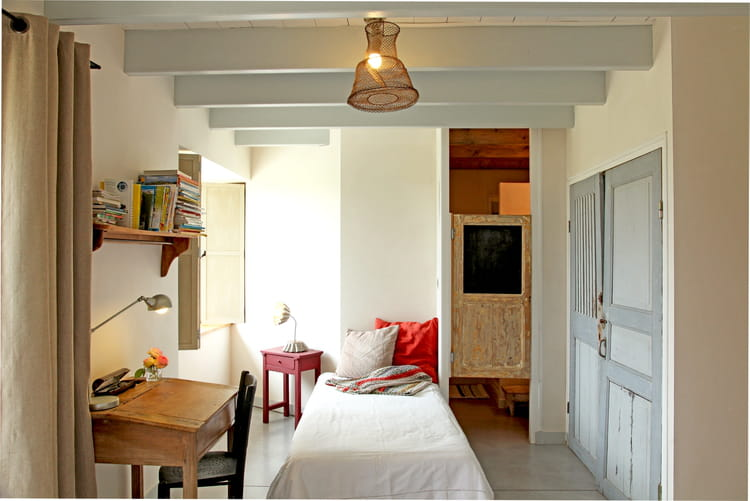 une chambre esprit r cup 39 des chambres de gar ons styl es journal des femmes. Black Bedroom Furniture Sets. Home Design Ideas