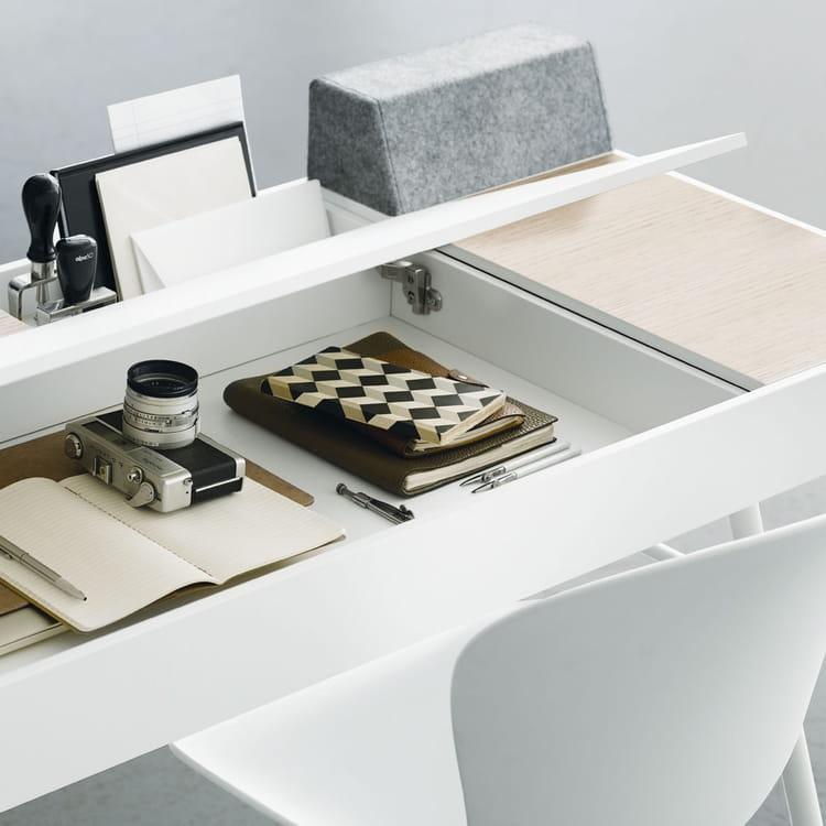 le bureau cupertino sign boconcept 13 bureaux en bois. Black Bedroom Furniture Sets. Home Design Ideas