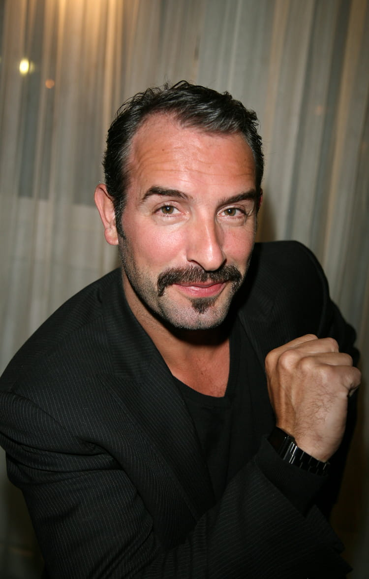 Jean dujardin les moustachus les plus sexy du cin ma for Dujardin vetements