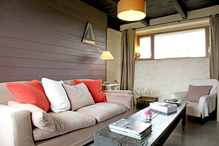 un canap confortable comment choisir sa d coration couleur chanvre journal des femmes. Black Bedroom Furniture Sets. Home Design Ideas
