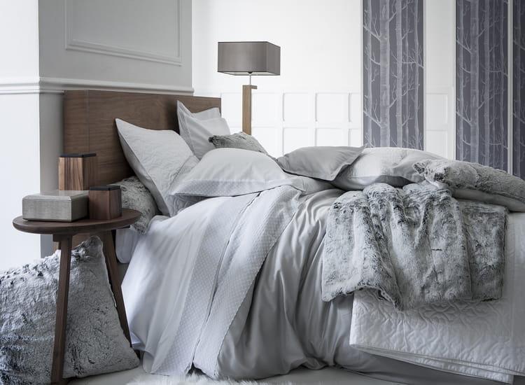 boutis et couvre lits r chauffent l ambiance cet hiver. Black Bedroom Furniture Sets. Home Design Ideas
