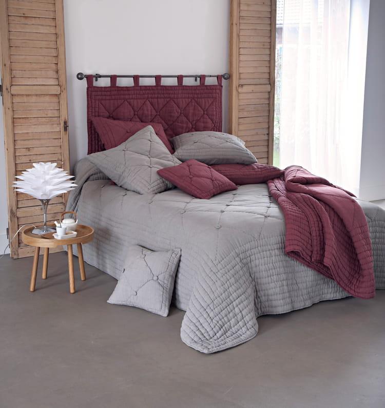 dessus de lit 100 lin par becquet boutis et couvre lits r chauffent l ambiance cet hiver. Black Bedroom Furniture Sets. Home Design Ideas