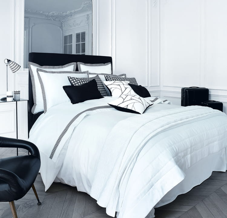 couvre lit sublime par descamps boutis et couvre lits. Black Bedroom Furniture Sets. Home Design Ideas