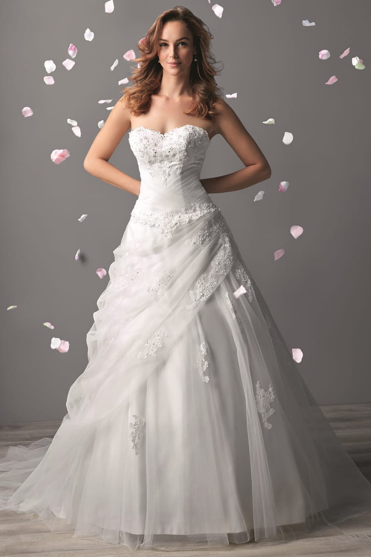 Prix robes de mari e for Katie peut prix de robe de mariage