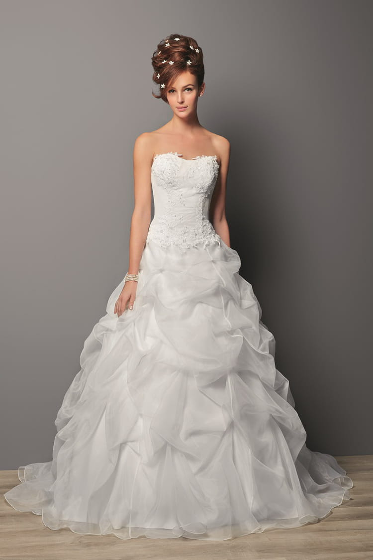 Robe de mari e rembleme des robes de mari e petit prix for Boite a couture tati