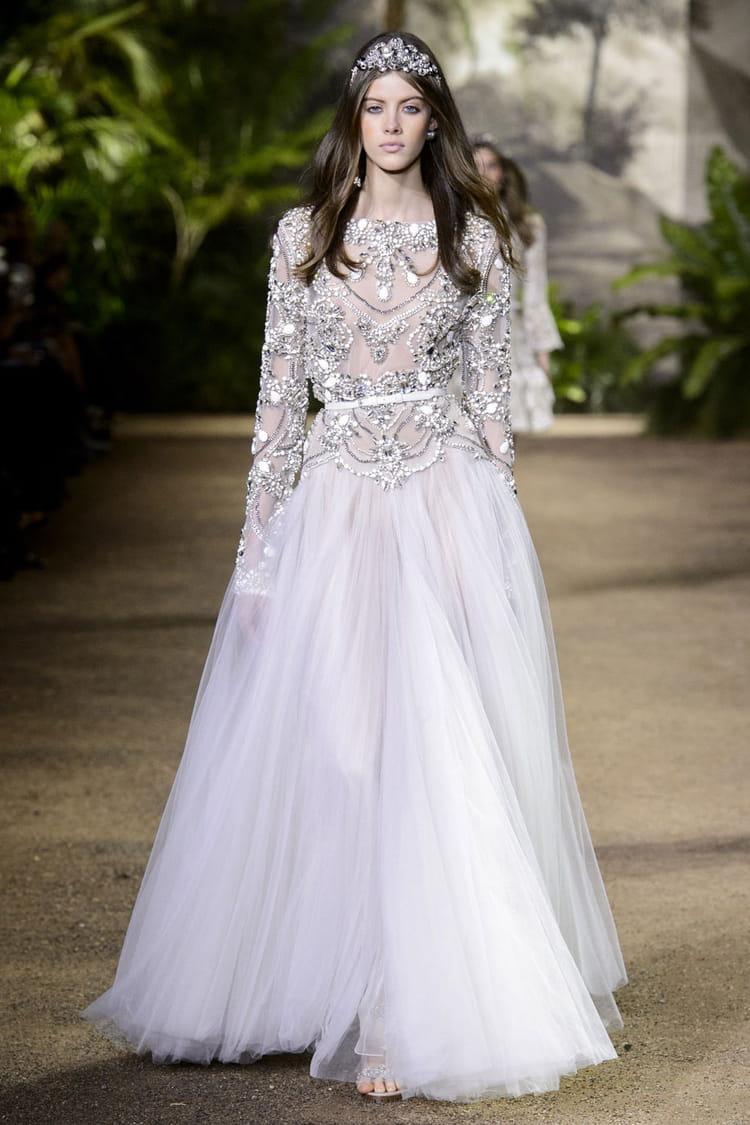 robe de mari e elie saab les plus belles robes de mari e haute couture journal des femmes. Black Bedroom Furniture Sets. Home Design Ideas