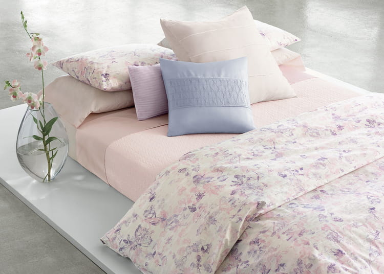linge de lit blush par calvin klein home le printemps se pose sur le linge de lit journal. Black Bedroom Furniture Sets. Home Design Ideas