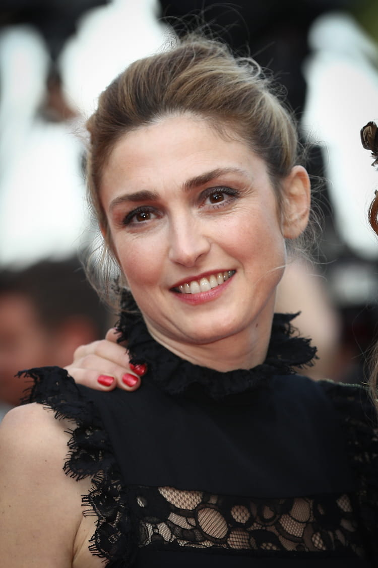 Julie Gayet photos 81