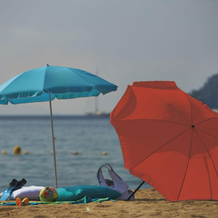 parasol de plage gassin chez alin a. Black Bedroom Furniture Sets. Home Design Ideas