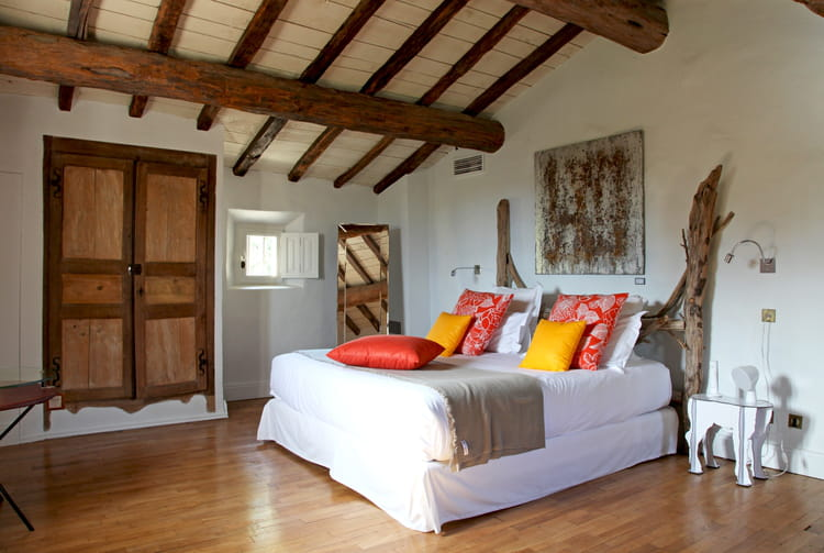 La tete de lit en bois relooker sa chambre avec moins de for Lit 50 euros