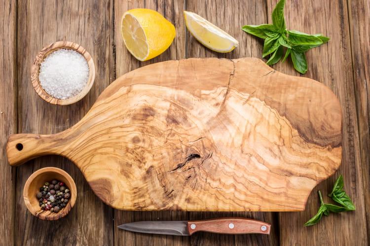 Comment bien nettoyer sa planche d couper - Nettoyer sa cuisine ...