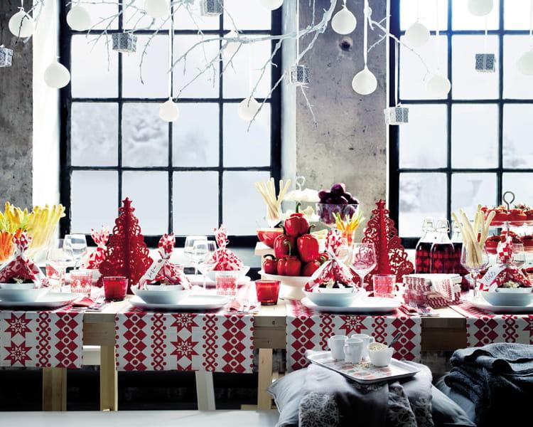 Linge de table sn boll d 39 ikea les tables en habit de f te journal des - Ikea art de la table ...