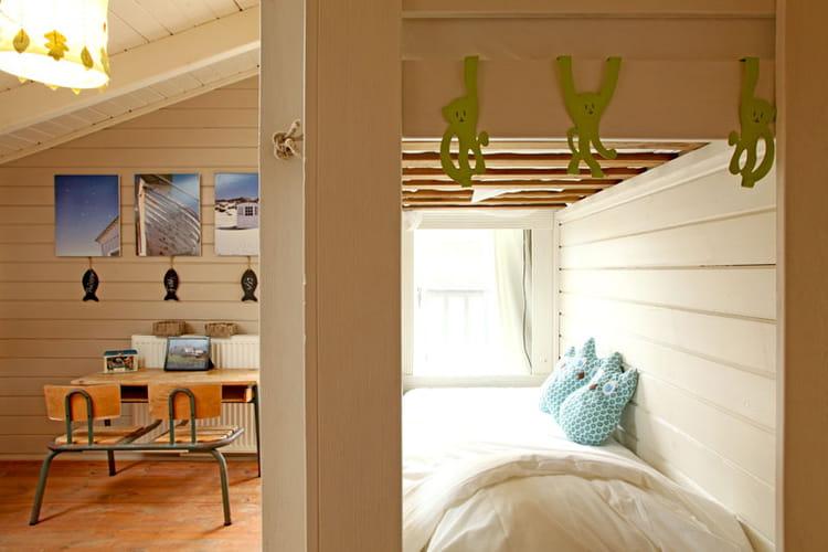 bureau d 39 cole une maison familiale version ouest journal des femmes. Black Bedroom Furniture Sets. Home Design Ideas