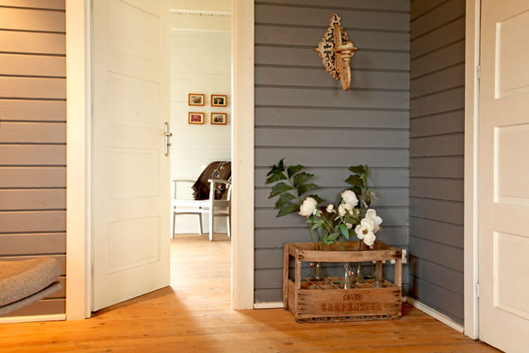 Murs en lambris rev tements de sols et murs le luxe du choix journal des femmes - Lambris peint ...