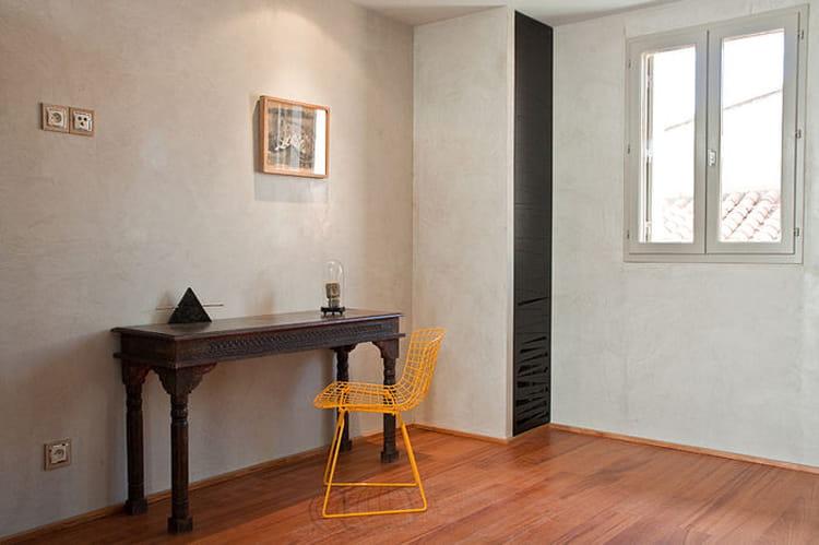 alliance des styles exotique et contemporain convivialit et design autour d 39 un patio. Black Bedroom Furniture Sets. Home Design Ideas