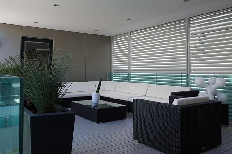 Un salon ext rieur sur le patio convivialit et design autour d 39 un pati - Salon exterieur design ...