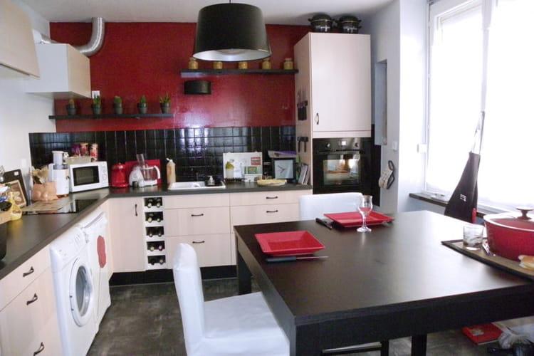 Idee Deco Chambre Beige Marron : La cuisine de Marylène après  Relooking intégral de cuisines