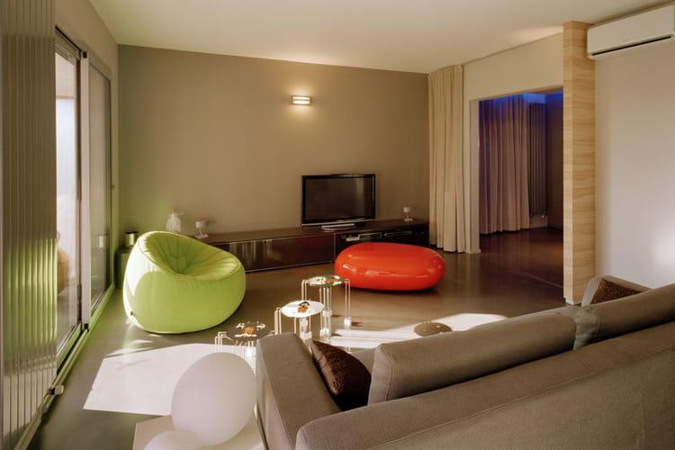 Un Salon Chaleureux L 39 Incroyable R Novation D 39 Un Appartement Journal Des Femmes