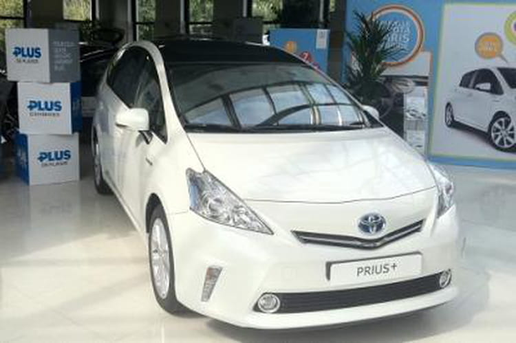 j 39 ai test la toyota prius hybride essence. Black Bedroom Furniture Sets. Home Design Ideas
