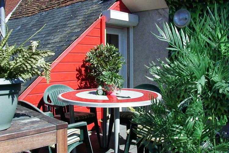 la terrasse sur le toit visitez la maison de carine journal des femmes. Black Bedroom Furniture Sets. Home Design Ideas