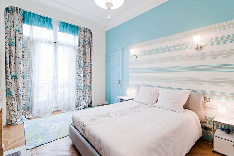 une chambre turquoise un appartement familial qui. Black Bedroom Furniture Sets. Home Design Ideas
