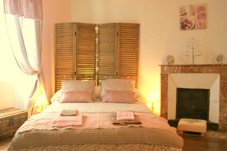 La chambre de st phanie tamis e vos plus belles for Chambre romantique 13
