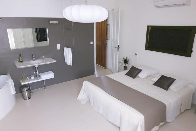 esprit pur b ton un mat riau de plus en plus d co journal des femmes. Black Bedroom Furniture Sets. Home Design Ideas