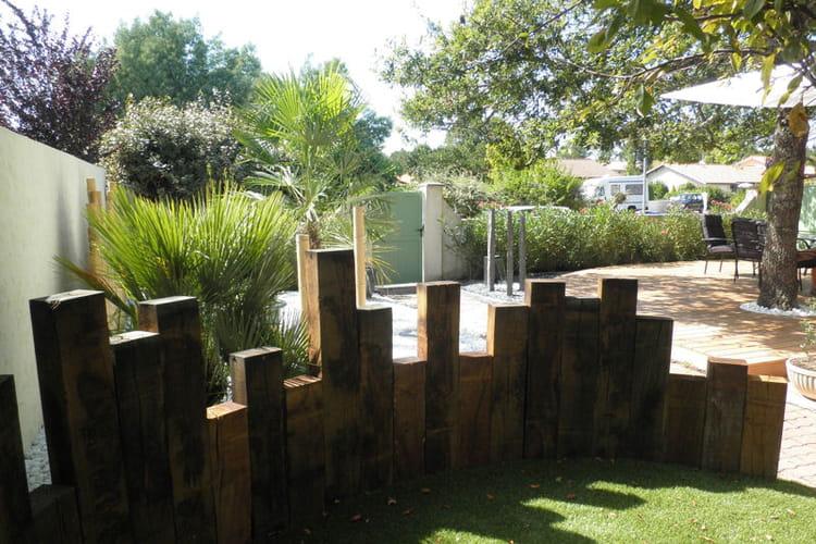 vers l 39 entr e du jardin un jardin japonais facile entretenir journal des femmes. Black Bedroom Furniture Sets. Home Design Ideas